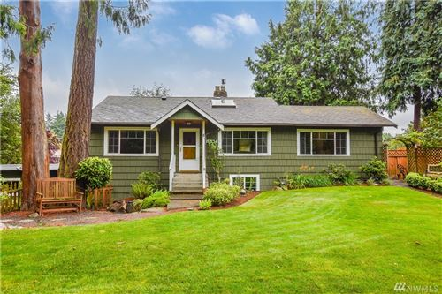 Photo of 15534 Meridian Avenue N, Shoreline, WA 98133 (MLS # 1622648)