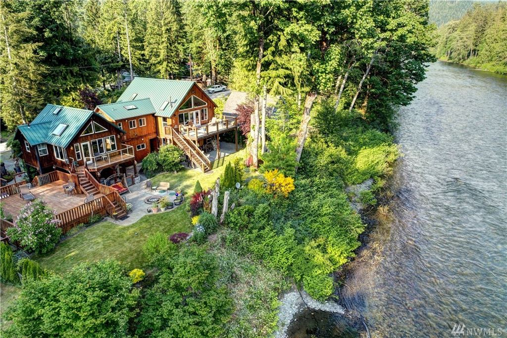 Photo of 51730 217th Place SE, Index, WA 98256 (MLS # 1464648)