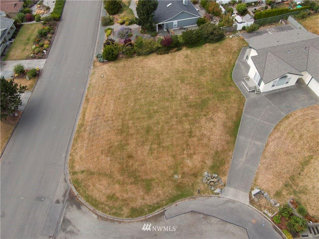 Photo of 5412 Kingsway, Anacortes, WA 98221 (MLS # 1642648)
