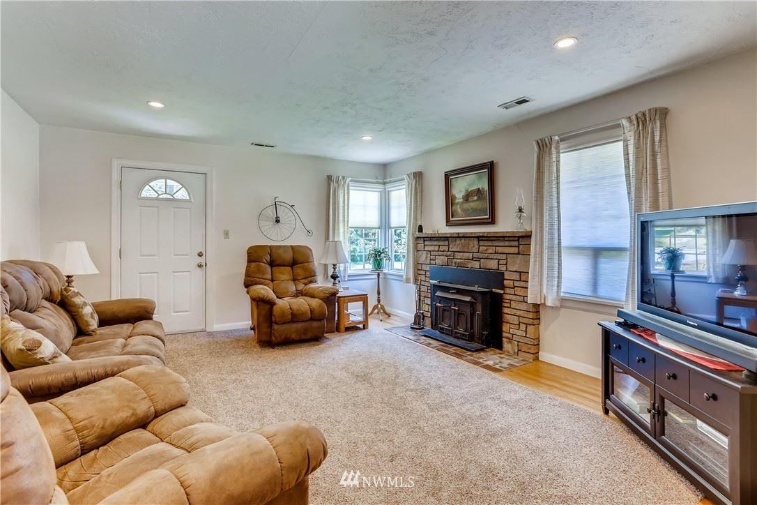 Photo of 22211 NE Redmond fall City Road, Redmond, WA 98053 (MLS # 1794648)