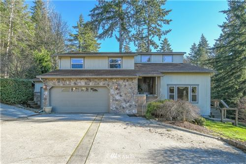 Photo of 2689 Maplewood Drive, Longview, WA 98632 (MLS # 1692650)