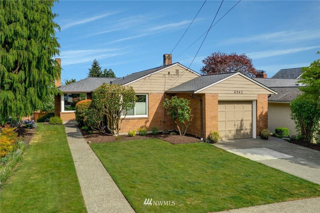 Photo of 6242 53rd Avenue NE, Seattle, WA 98115 (MLS # 1764651)