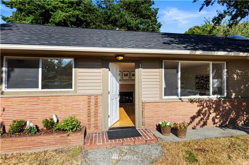 Photo of 10204 37th Avenue SW, Seattle, WA 98146 (MLS # 1813654)