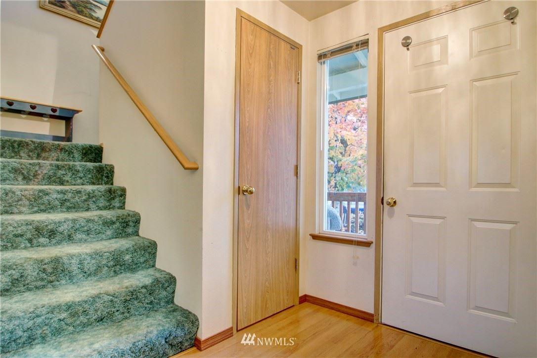 Photo of 1218 Crystal Lane, Burlington, WA 98233 (MLS # 1734654)