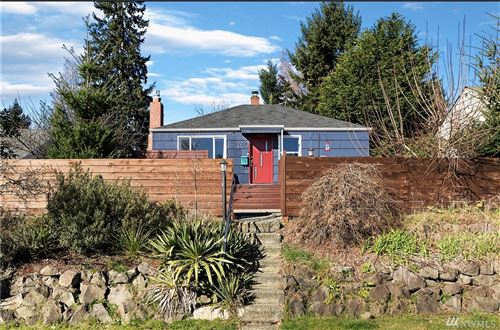 Photo of 7927 27th Ave SW, Seattle, WA 98126 (MLS # 1581655)