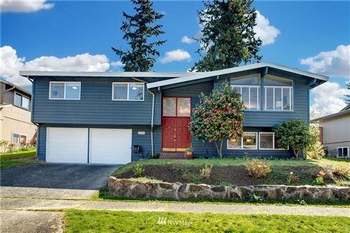 Photo of 6340 121st Avenue SE, Bellevue, WA 98006 (MLS # 1760655)
