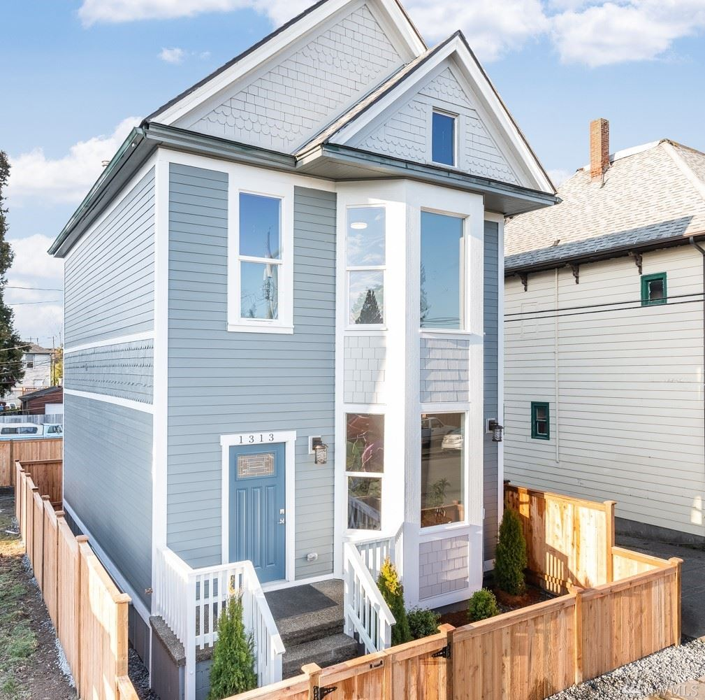 Photo for 1313 S 8th St, Tacoma, WA 98405 (MLS # 1583657)