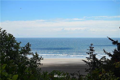Photo of 40 Oceanview Drive N, Taholah, WA 98587 (MLS # 1483659)