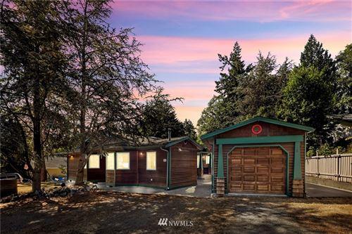 Photo of 326 Snohomish Drive, La Conner, WA 98257 (MLS # 1802659)