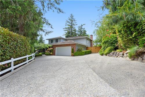 Photo of 14938 SE 60th St, Bellevue, WA 98006 (MLS # 1614660)