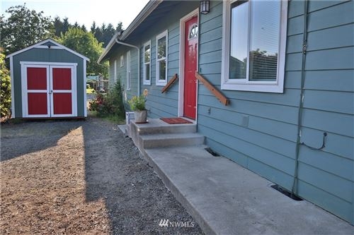 Photo of 361 Carlisle Avenue, Onalaska, WA 98570 (MLS # 1795660)