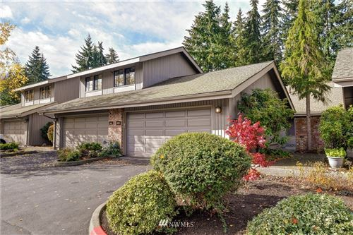 Photo of 209 142nd Place NE, Bellevue, WA 98007 (MLS # 1680663)