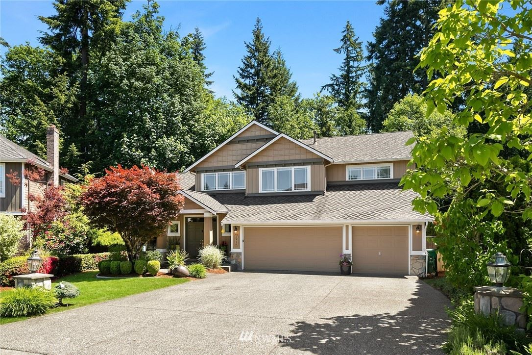 Photo of 5918 Mont Blanc Place NW, Issaquah, WA 98027 (MLS # 1777665)