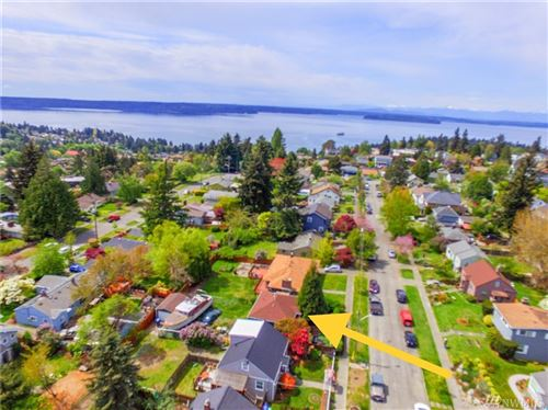 Photo of 3711 SW Tillman St, Seattle, WA 98126 (MLS # 1592666)