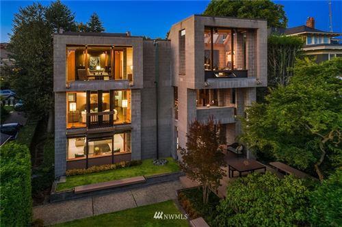 Photo of 411 W Comstock Street, Seattle, WA 98119 (MLS # 1656666)
