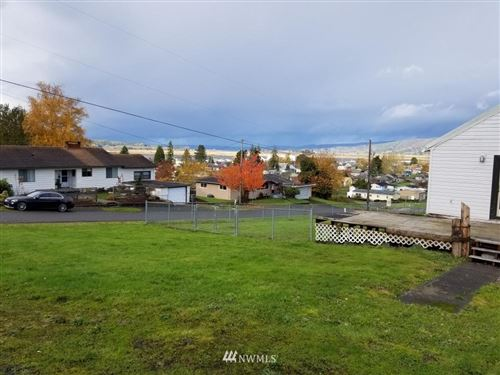 Photo of 305 Monroe Street, South Bend, WA 98586 (MLS # 1694666)