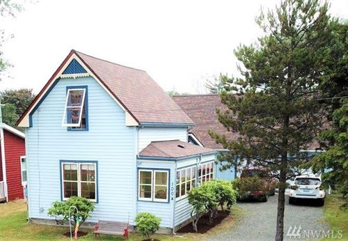 Photo of 1004 Washington S, Long Beach, WA 98631 (MLS # 1524667)