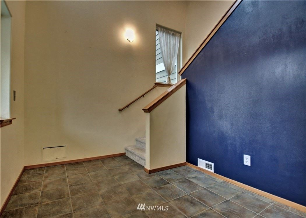 Photo of 1078 Vail Lane, Burlington, WA 98233 (MLS # 1805667)