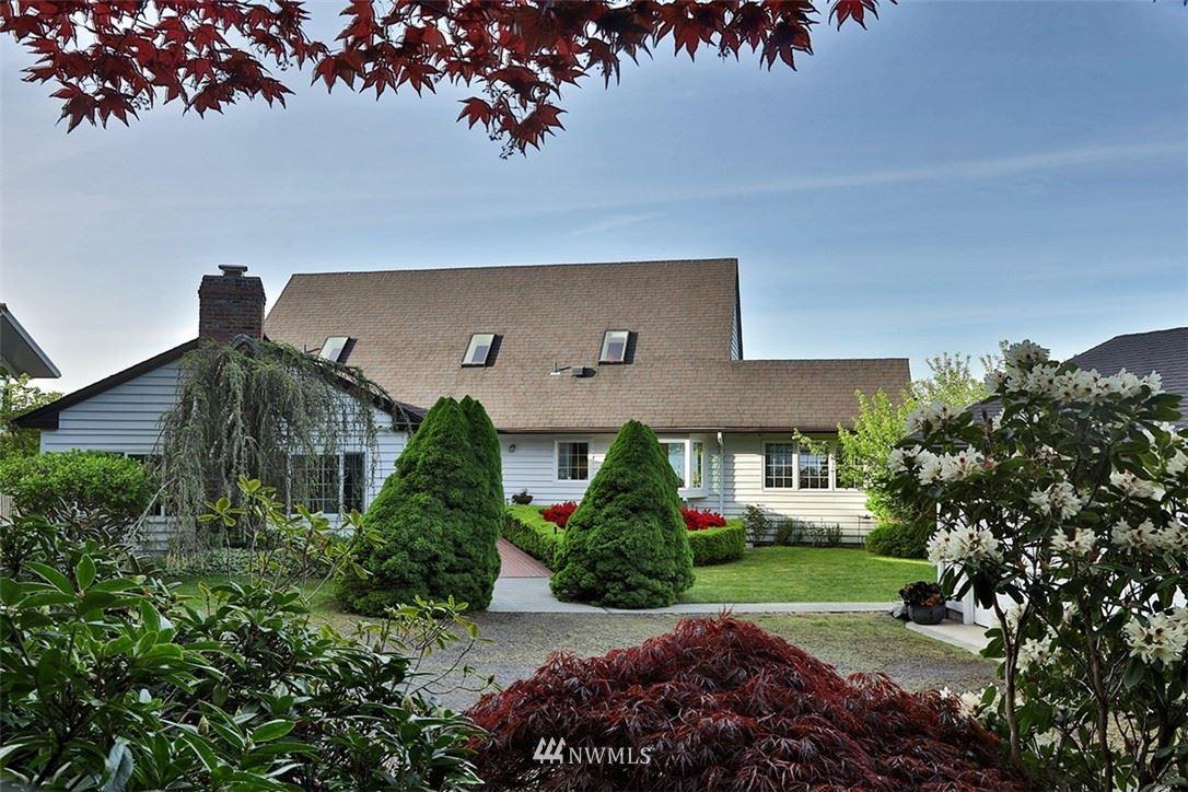 Photo of 918 Edgecliff Drive, Langley, WA 98260 (MLS # 1791668)