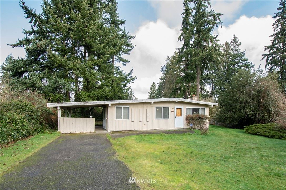 Photo of 208 S 304th Place, Federal Way, WA 98003 (MLS # 1734670)