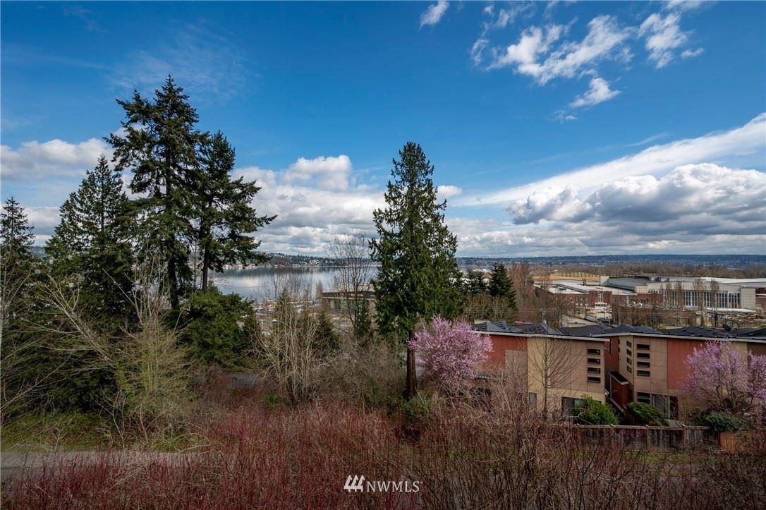 Photo of 7756 58th Avenue NE, Seattle, WA 98115 (MLS # 1752670)