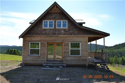 Photo of 106 Bartroff Dr, Oroville, WA 98844 (MLS # 1630672)