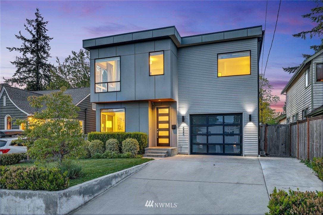 Photo of 834 NE 90th Street, Seattle, WA 98115 (MLS # 1771673)