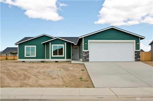 Photo of 735 E Mt. Adams St E, Othello, WA 99344 (MLS # 1627674)