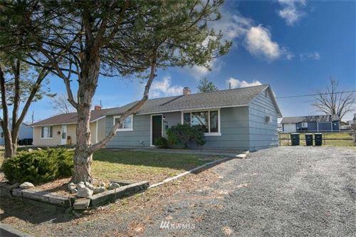 Photo of 721 S Hawthorne Drive, Moses Lake, WA 98837 (MLS # 1745674)