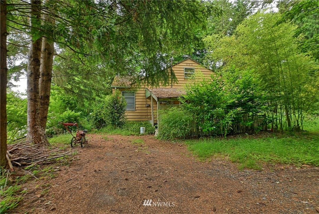 Photo of 18511 94th Avenue NE, Bothell, WA 98011 (MLS # 1783674)