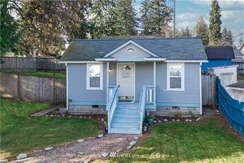 Photo of 6028 Oakes Avenue, Everett, WA 98203 (MLS # 1692675)
