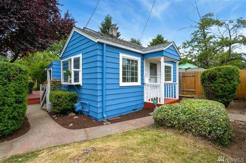 Photo of 2416 SW 98th St, Seattle, WA 98106 (MLS # 1628676)