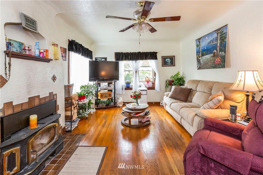 Photo of 1143 Hewitt Avenue, Bremerton, WA 98337 (MLS # 1630676)
