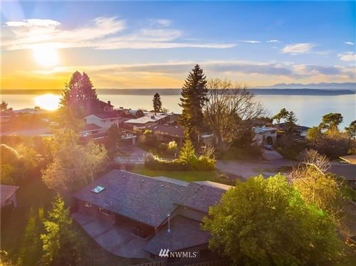 Photo of 12846 Shorewood Drive SW, Burien, WA 98146 (MLS # 1695677)