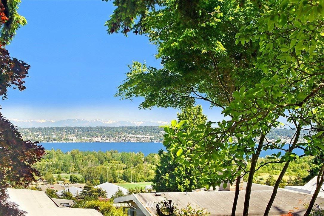 Photo of 7336 55th Avenue NE, Seattle, WA 98115 (MLS # 1785677)