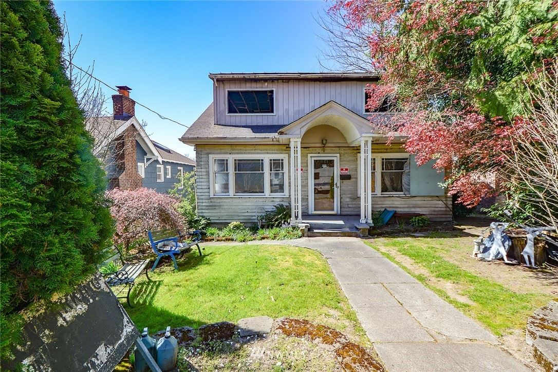 Photo of 3215 37th Place S, Seattle, WA 98144 (MLS # 1757680)
