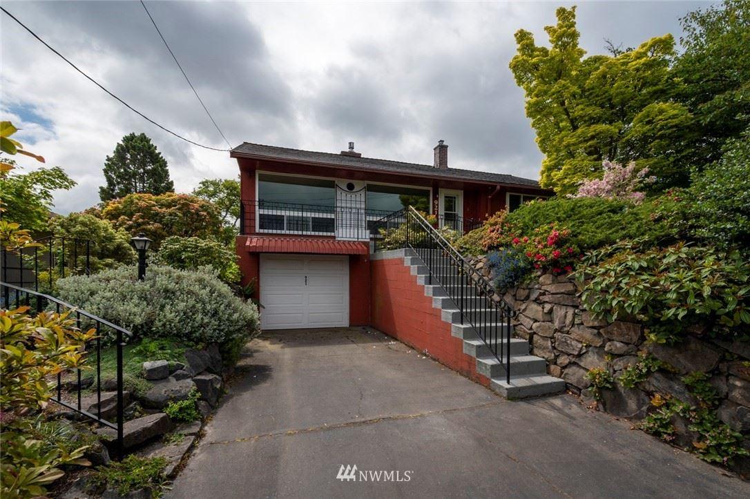 Photo of 921 NW 105th Street, Seattle, WA 98177 (MLS # 1778681)