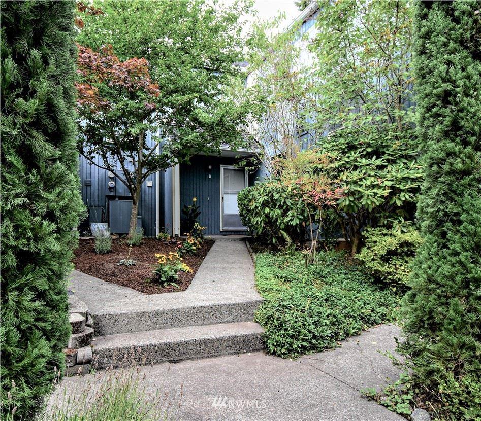 8425 25th Avenue SW #B, Seattle, WA 98106 - #: 1833681
