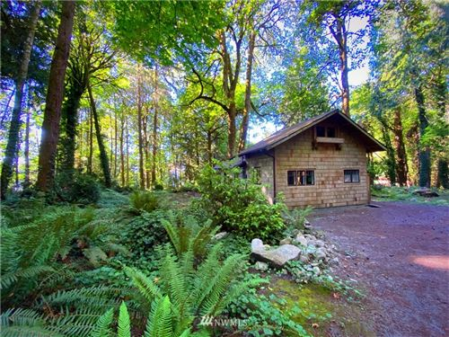 Photo of 11729 Royal Avenue NE, Bainbridge Island, WA 98110 (MLS # 1664683)