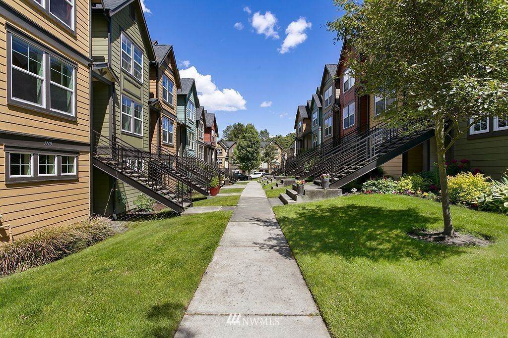 Photo of 7114 27th Avenue SW, Seattle, WA 98106 (MLS # 1788683)
