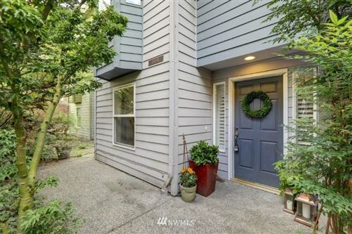 Photo of 1818 25th Avenue #A, Seattle, WA 98122 (MLS # 1676684)