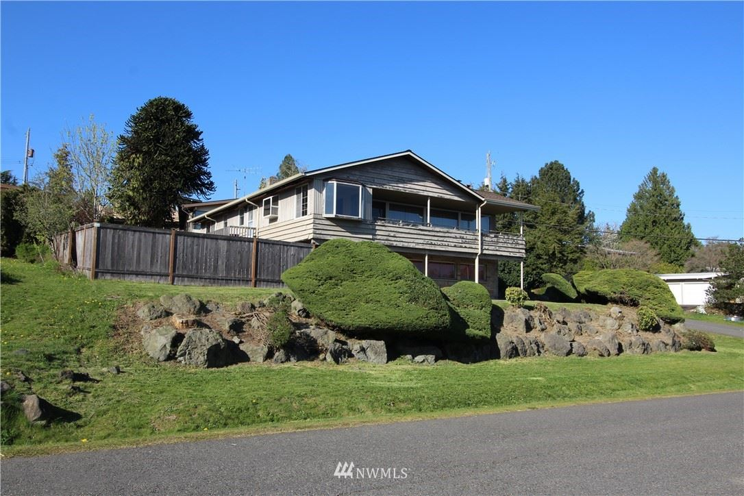 Photo of 12925 71 Avenue S, Seattle, WA 98178 (MLS # 1754684)