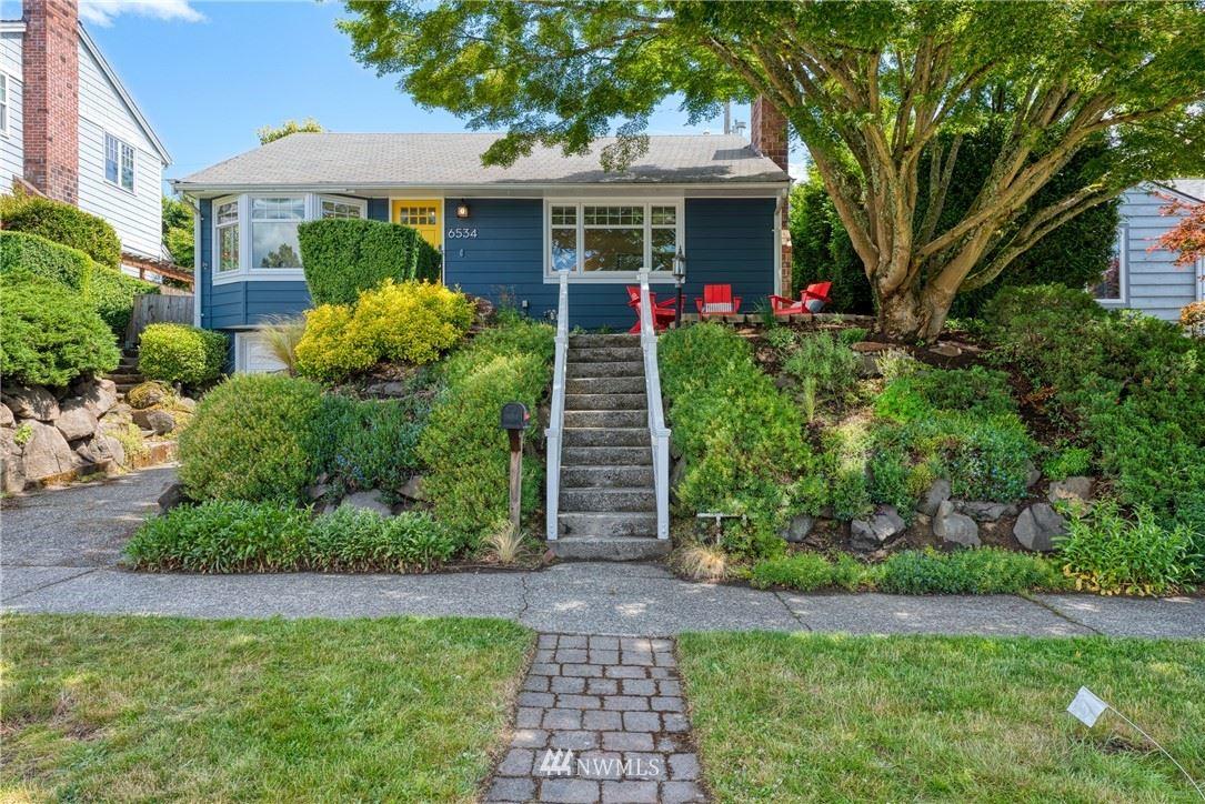 Photo of 6534 28th Avenue NE, Seattle, WA 98115 (MLS # 1788686)