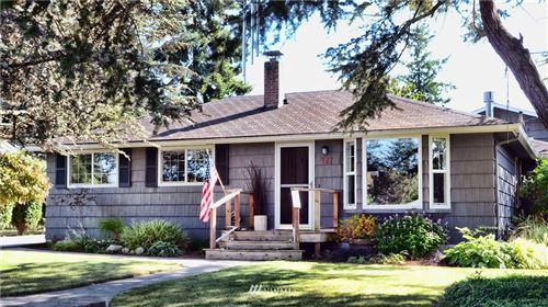 Photo of 422 51st Street SW, Everett, WA 98203 (MLS # 1835687)