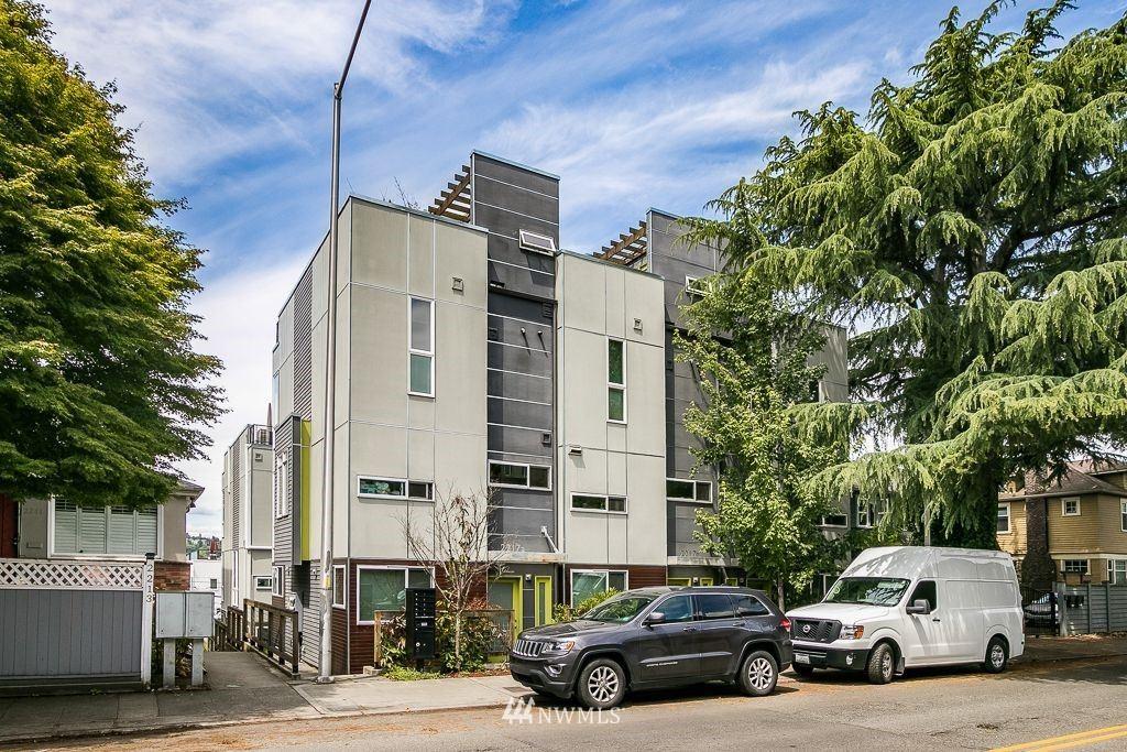 Photo of 2215 Boylston Avenue E #B, Seattle, WA 98102 (MLS # 1791688)