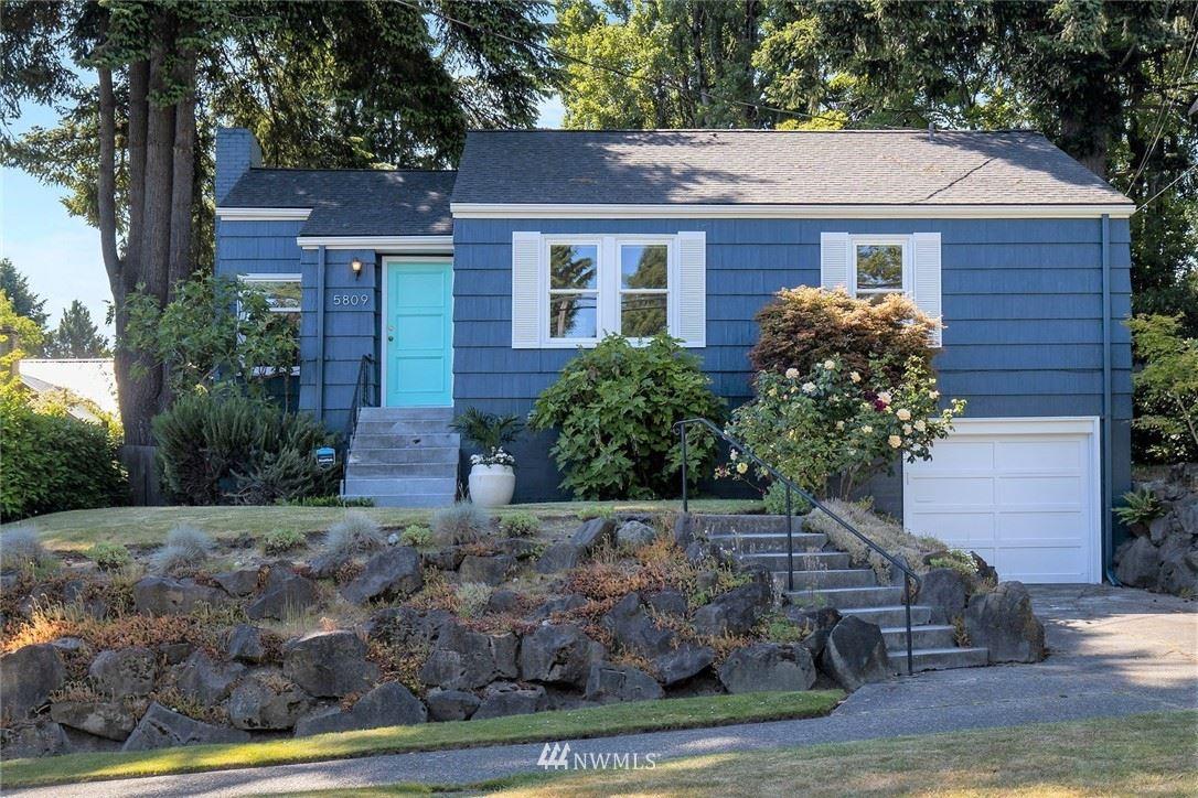 Photo of 5809 45th Avenue NE, Seattle, WA 98105 (MLS # 1785691)
