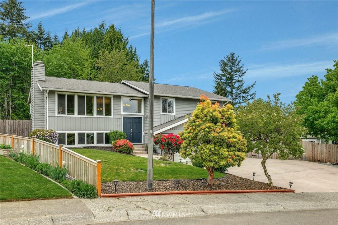 Photo of 21808 8th Place W, Bothell, WA 98021 (MLS # 1765694)