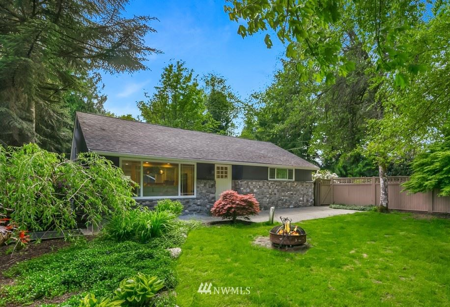 Photo of 22425 SE May Valley Road, Issaquah, WA 98027 (MLS # 1773694)