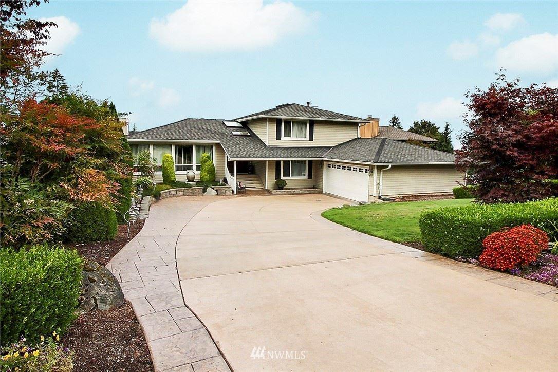 Photo of 5033 156th Avenue SE, Bellevue, WA 98006 (MLS # 1674697)