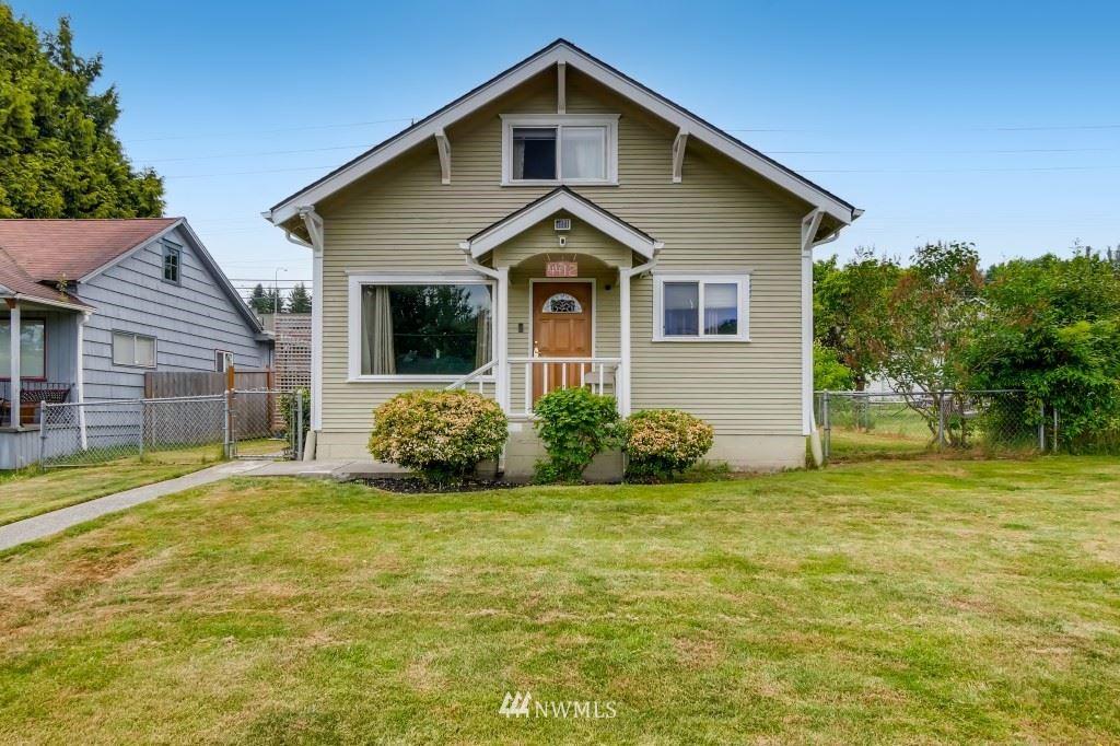 Photo of 4412 S 3rd AVE, Everett, WA 98203 (MLS # 1789698)